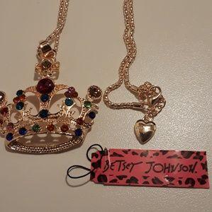 Beautiful Betsey Johnson Crown necklace